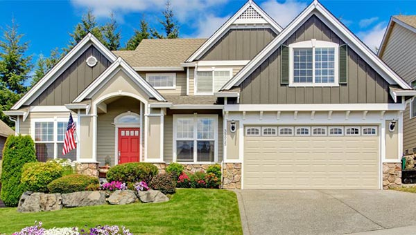 How to Choose Between Fiber Cement and Vinyl Siding