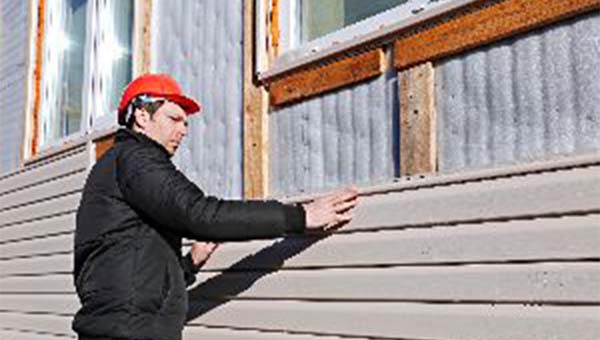 3 Ways Winter Weather Damages Home Siding